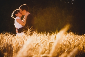 romantic wedding in paris France - yellow and gold wedding - creative pictures - first dance - couple session in wheat fields